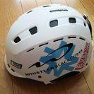 ヘルメット(スキー、スノーボード用品)