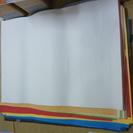 ラシャ紙(大きい色画用紙)・方眼付き模造紙 差し上げます。