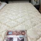 シーリーマットレスとコンセント付きベッドフレーム
