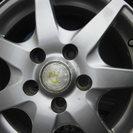 美品 スタッドレスタイヤとアルミホイール四本セット(交渉中) − 滋賀県