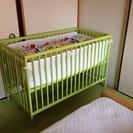 <交渉中>IKEAベビーベッド寝具一式2万円相当【引取に来てくれる...