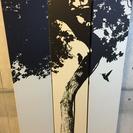 小鳥と木のシルエットがおしゃれな折りたたみ式のついたて!