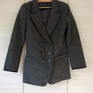 美品 グレーのジャケット