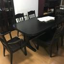 6人掛けのダイニングテーブル