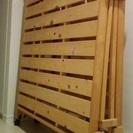 キャスター付き折りたたみすのこベッド(シングル)+折りたたみテーブル
