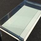 値下げ ニトリ ガラスのテーブル