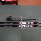 子供用スキー 女子用 板165cm、ストック90cm