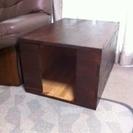 ハンドメイドの室内用犬小屋 サイドテーブルとしても利用可!