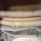 ほぼ敷布団と布団と毛布 とマットレスとまくらとシーツ