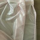 ピンクのレースカーテン