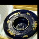 葡萄柄の灰皿です。