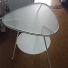 店頭在庫なし、製造終了 IKEA人気サイドテーブル ホワイト