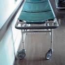 患者さん運搬用ストレッチャーあげます