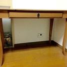 猫足アンティーク風テーブル