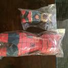 可愛い〜スーパーマンとスパイダーマンの置物