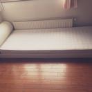 【ベッド枠組み-セミシングル・マット付き】