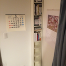 IKEAの縦長い本棚 2つ