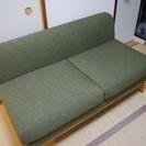 美品 緑のソファーを格安でお譲りします。