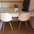 IKEAパソコンデスクと椅子2点(4/10日午前中取引可能な方)