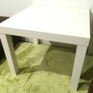 先月購入したばかりの綺麗なローテーブルです!