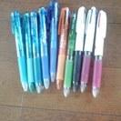 再入荷 未使用 三色ボールペン 4本
