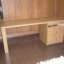 折りたたみ式の机