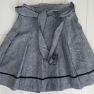 グレー スカート