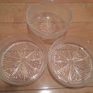 透明 クリア 食器 3枚 オレンジ柄2枚 梅柄1枚