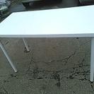 ホワイト IKEA 美品 机 テーブル