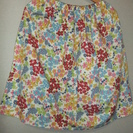 スカート お花のプリント コットン製(白)
