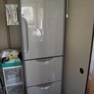 日立製303L3ドア冷蔵庫 売ります※嫁ぎ先が決まりました。お問い...