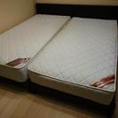 シングルサイズのベッド