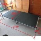シングルサイズのパイプベッド差し上げます。