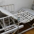 パラマウントベッドの電動介護ベッド  食事テーブル付き ¥20,000