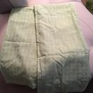 カーテン 薄い緑