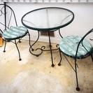 屋外用テーブル&イスのセット