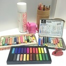 色鉛筆、パステル、クレヨンいろいろ