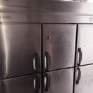 業務用冷凍庫です。 店舗改修工事の為、さしあげます。