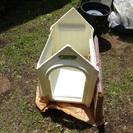 犬小屋 ボブハウスM 外使用 中古 屋根の色はローズ