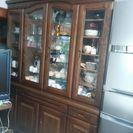 大型食器棚
