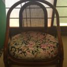 中古  椅子あげます。