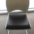 ゆったり座れるミーティングチェア2脚(ほとんど未使用)