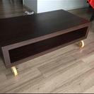 木製のローテーブル(キャスター付き)