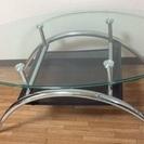 オシャレな ガラス センターテーブル 棚付き ソファーにピッタリ!