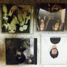 CDアルバム8本とラックつき