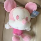 ミッキーのぬいぐるみ(ピンク)
