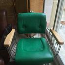昭和レトロ 美容院の椅子