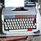 タイプライター、ブラザー、実動、美品。再再値下しました!
