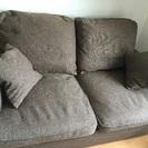 布カバー、羽毛クッションのソファ(無料)