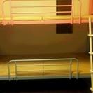 パイプ式二段ベッド